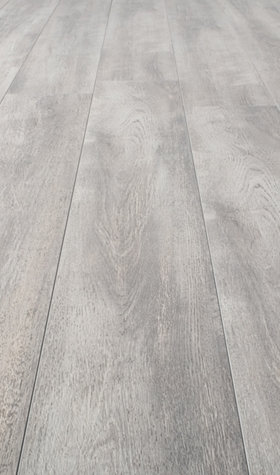 Kronotex Glamour High Gloss 8mm White Oak 4V by Falquon Laminate Flooring